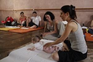 Judith Glusberg-Encuentro de Contacto Eutónico con el bebé
